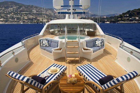 Superyacht AQUA VITA Available to Charter