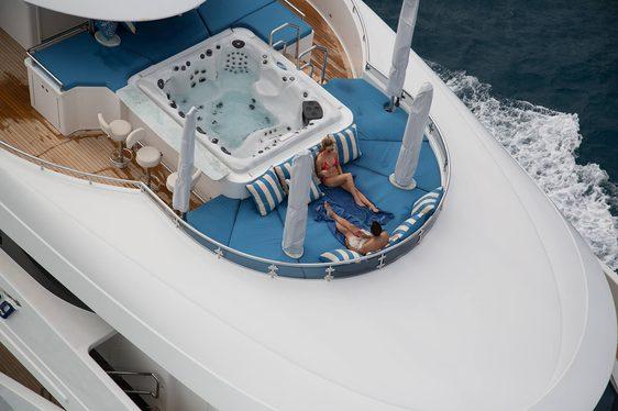 Explore Mediterranean Hotspots Aboard Motor Yacht TRENDING