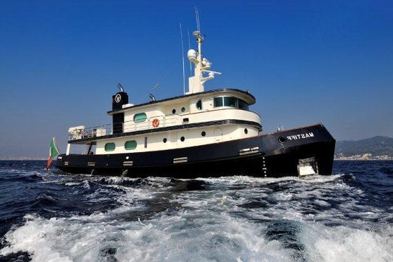 Expedition charter yacht Mastiff cruising in Sicily