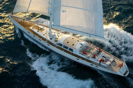 Sailing Yacht CAVALLO Offers Luxury Caribbean Charters
