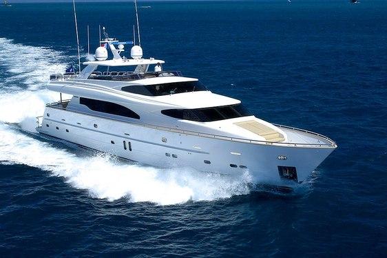 Motor Yacht 'Annabel II' Last-Minute Charter Deal in Montenegro