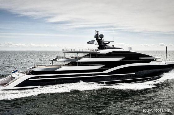 Video: brand new 90m Oceanco superyacht DAR on sea trials