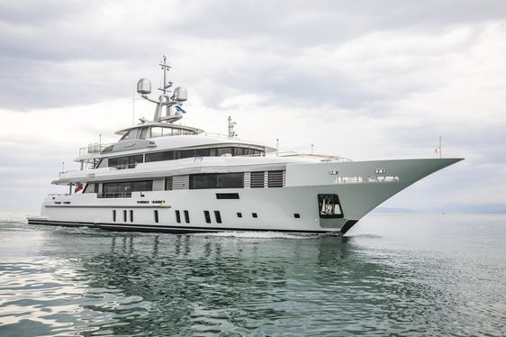 superyacht ELALDREA+ underway after being delivered by Benetti