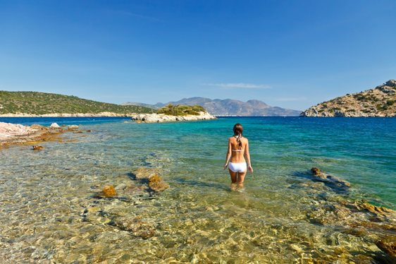 Superyachts, Scenery and Sophistication – The Greek Riviera