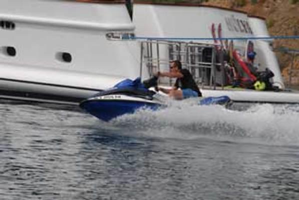 Crocus Jet ski