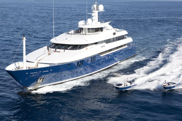 Sarah Yacht Profile and Tenders
