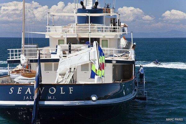 Seawolf Yacht Stern