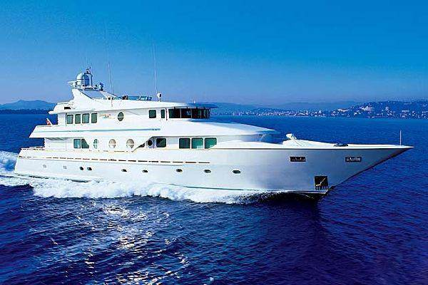 Northern Cross Yacht Profile