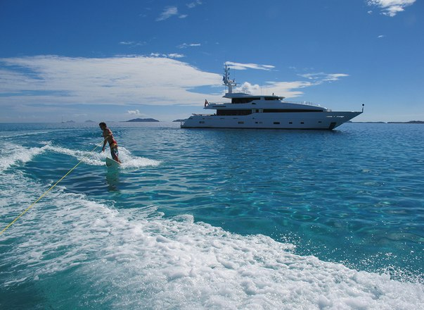 Discover New Caledonia On Board Motor Yacht 'Masteka 2'