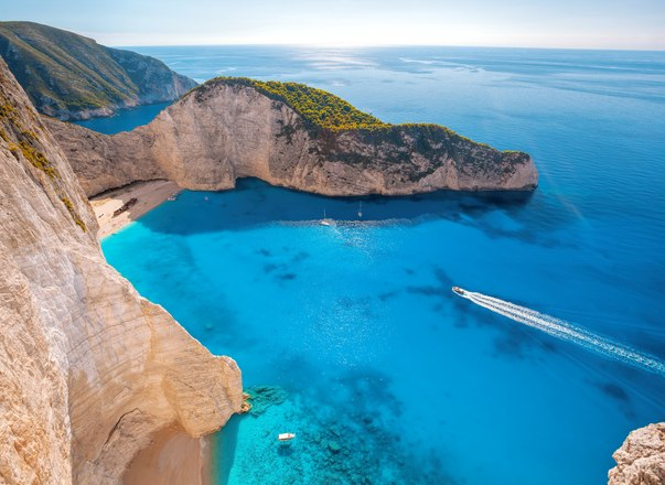 Greece yacht charter gets green light as Coronavirus restrictions relax