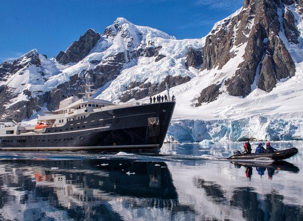 Luxury yacht LEGEND