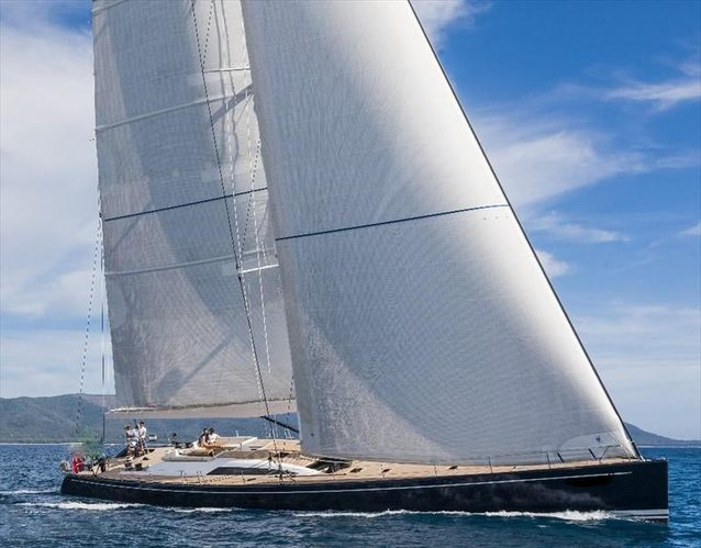 Leonara Charter Yacht