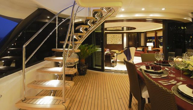 Apostrophe Charter Yacht - 5