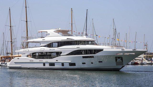 Botti Charter Yacht