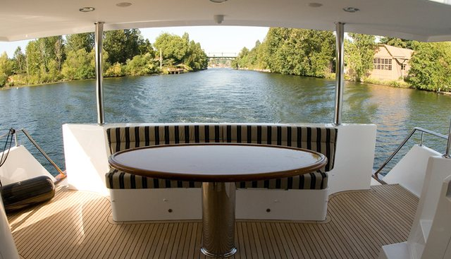 Nauti Buoys Charter Yacht - 5