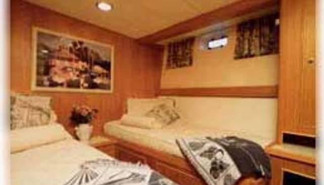 Taza Mas Charter Yacht - 5