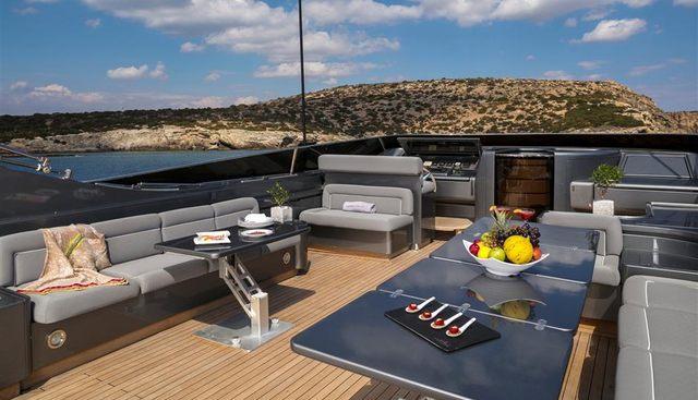 Summer Dreams Charter Yacht - 3