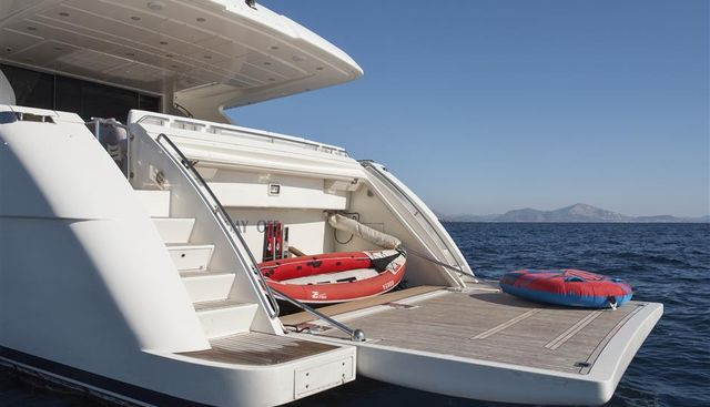 Day Off Charter Yacht - 5