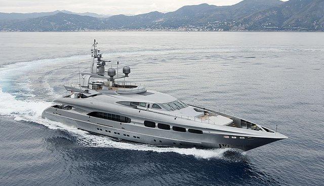 Mrs L Charter Yacht