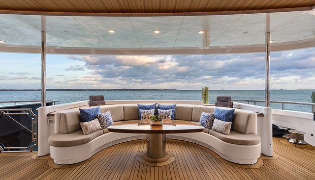 Picnic Charter Yacht - 3