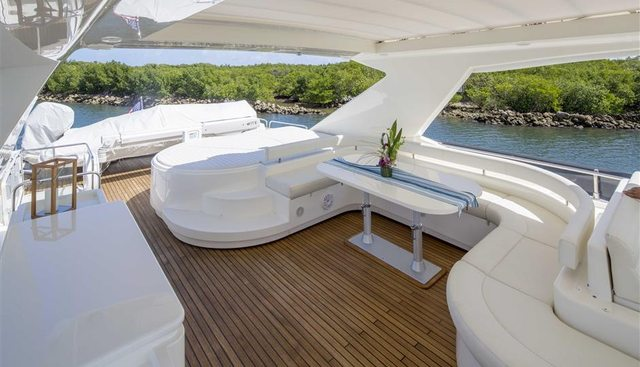 Crystal Parrot Charter Yacht - 4