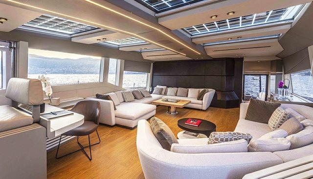 Mini K Charter Yacht - 6