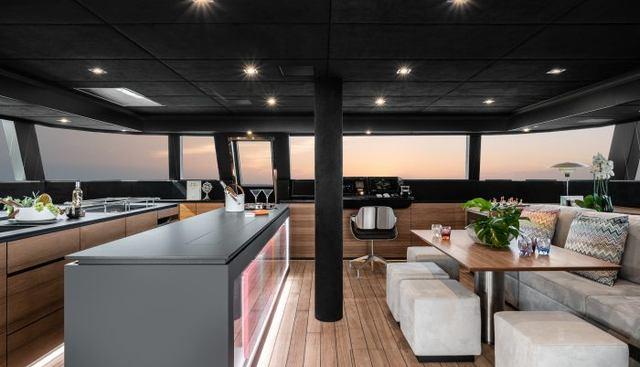 E Charter Yacht - 5