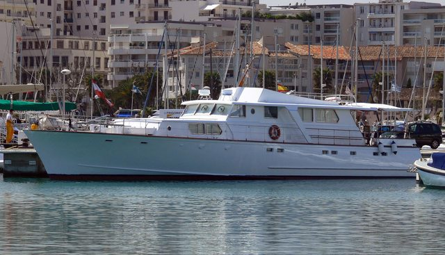 Jalas Charter Yacht