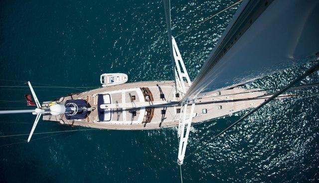 Infatuation Charter Yacht - 3