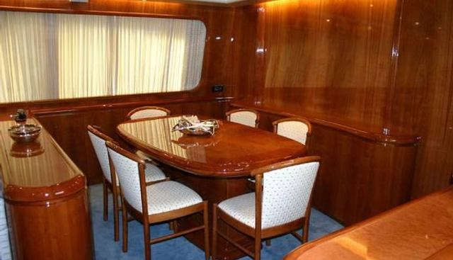 Falcon 86 Charter Yacht - 4