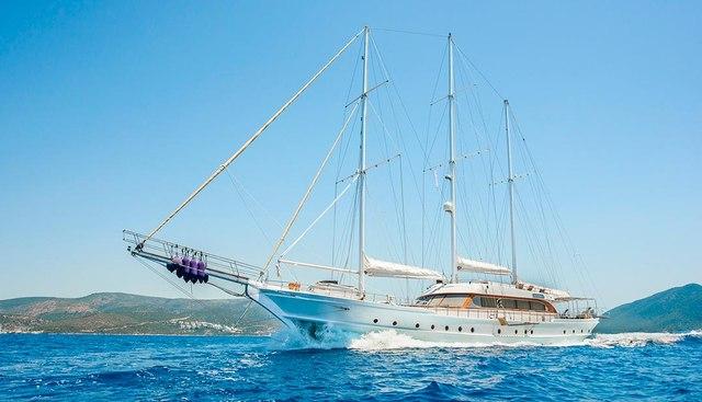 Bellamare Charter Yacht
