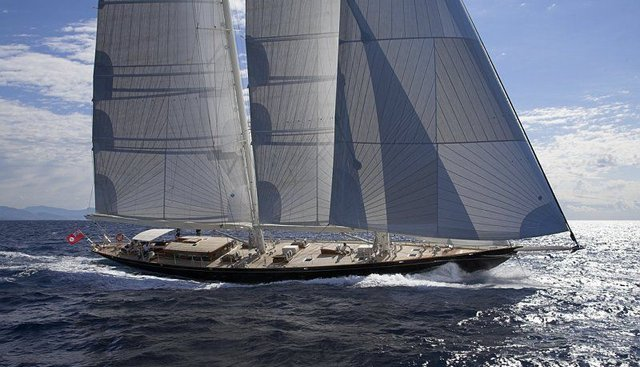 Seabiscuit Charter Yacht