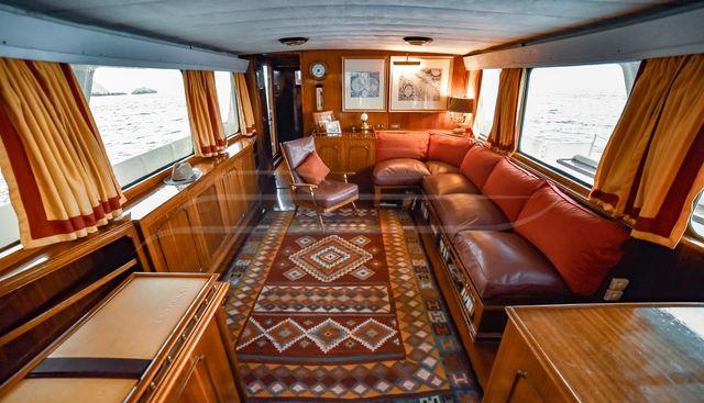 Entrancer Charter Yacht - 7