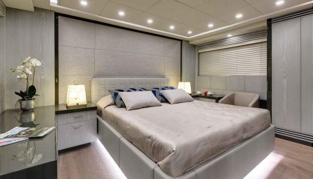 Dottore Charter Yacht - 5