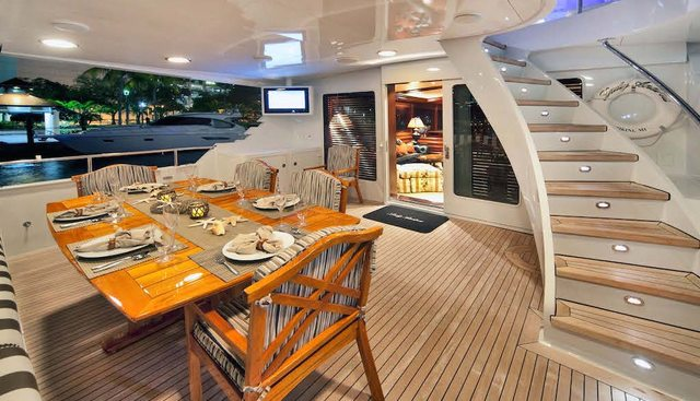 Decompression Charter Yacht - 8