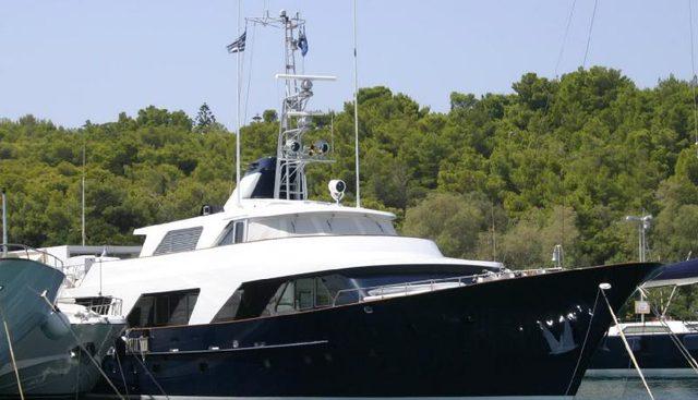 Boo Kee Charter Yacht