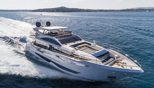 Pearl 95/ 03 Charter Yacht - 3