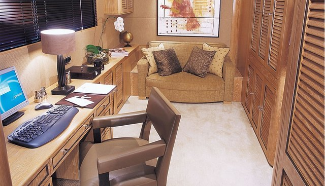 Astra Ultima Charter Yacht - 8
