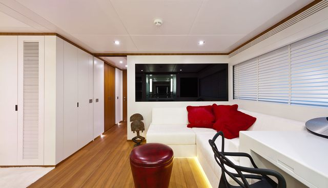Diamond Charter Yacht - 7