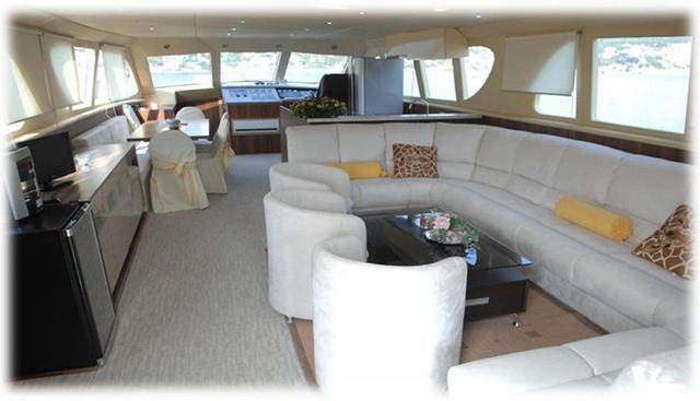 Lola II Charter Yacht - 2