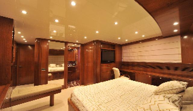 Mrs White Charter Yacht - 7