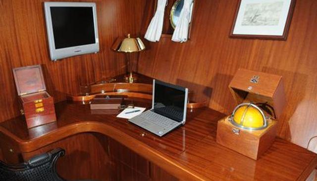 Ofelia Charter Yacht - 8