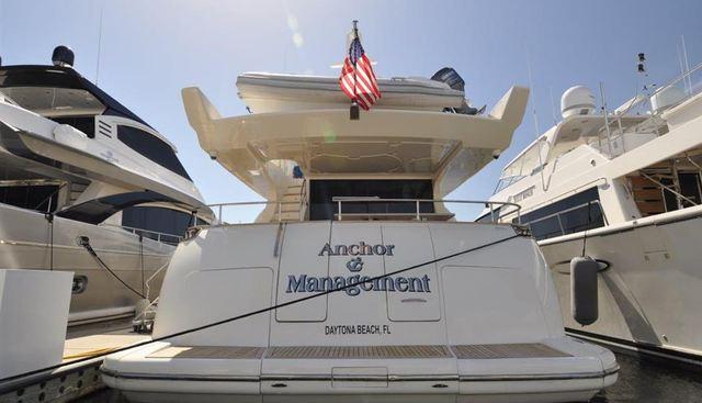 Anchor Management Charter Yacht - 3