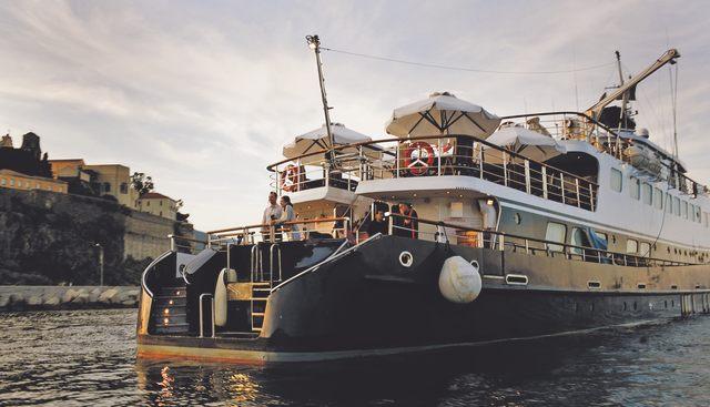 To Callisto Charter Yacht - 2