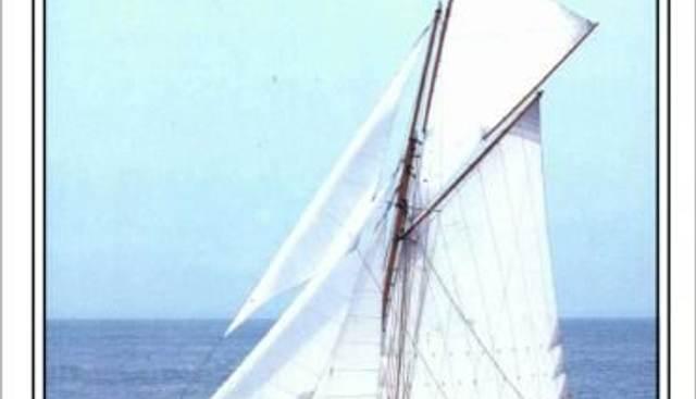 Bloodhound Charter Yacht - 2