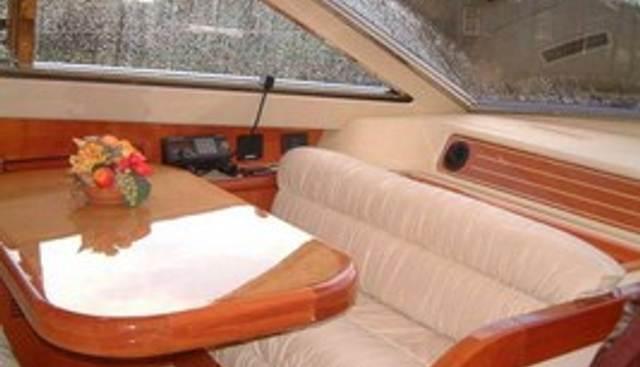 Dewa Raci Charter Yacht - 2