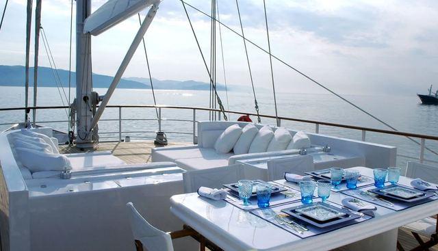 Mata Mua Charter Yacht - 2