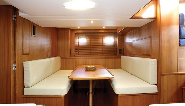Caracola Too Charter Yacht - 2