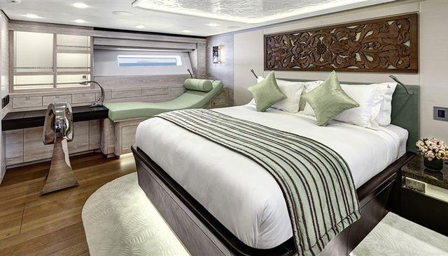 Escapade Charter Yacht - 7