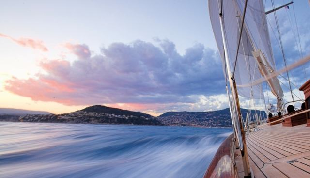 Seabiscuit Charter Yacht - 6